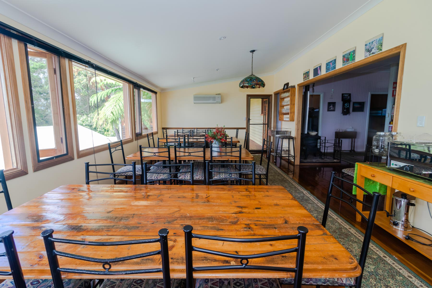 Mystery Mountain Farm Stay   Dining Room