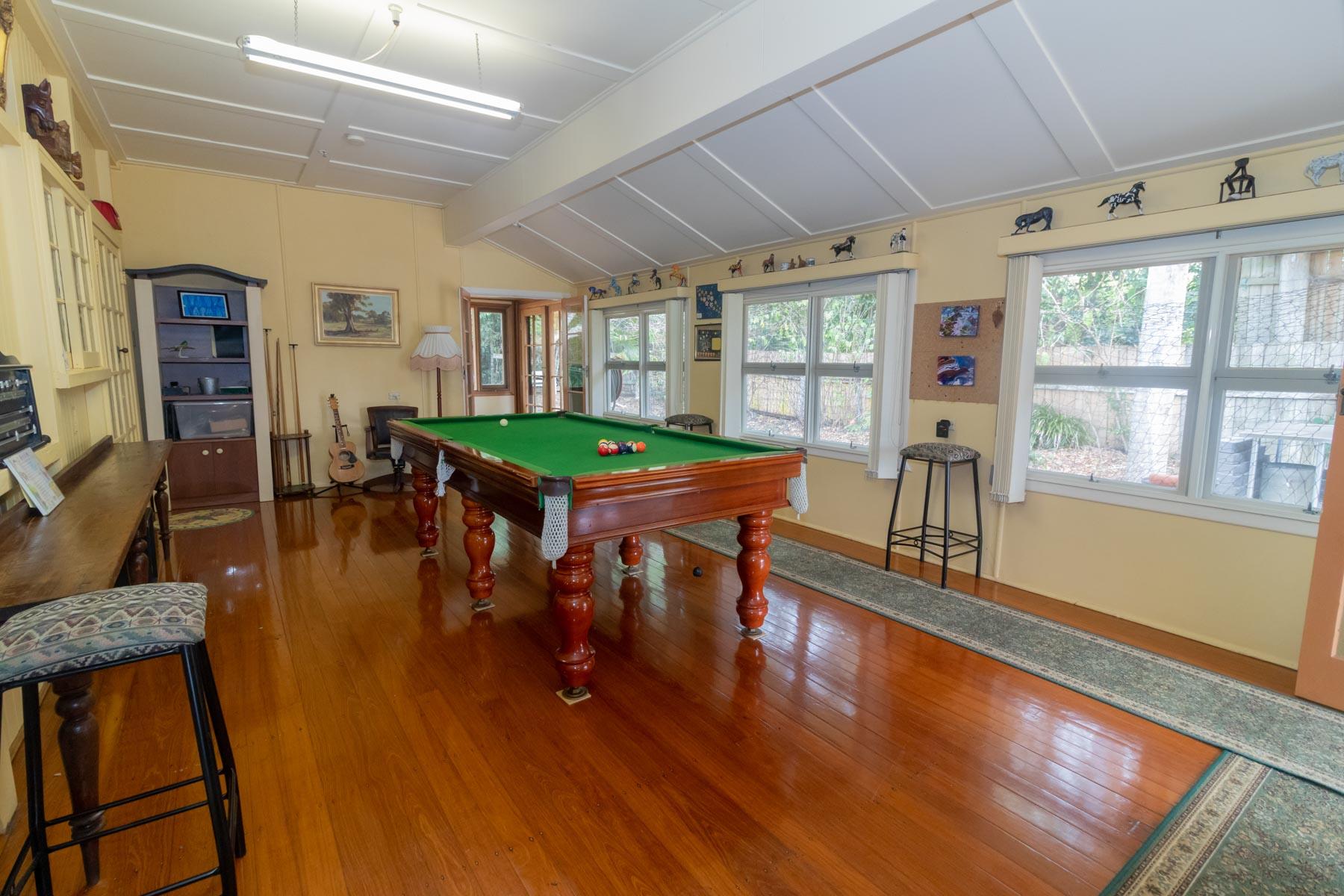 Mystery Mountain Farm Stay   Recreation Room